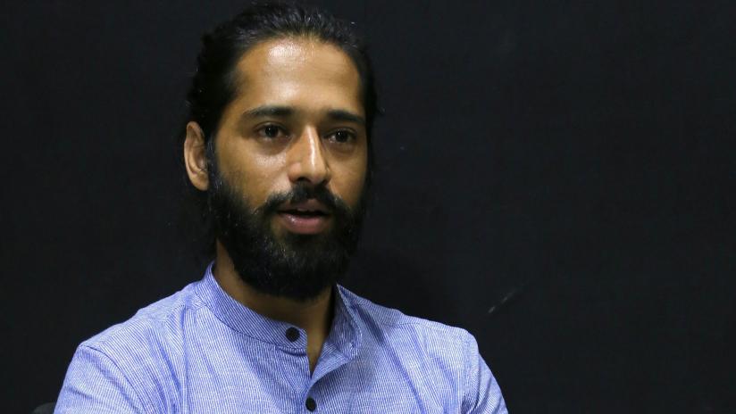 Yoga guru, Akshar
