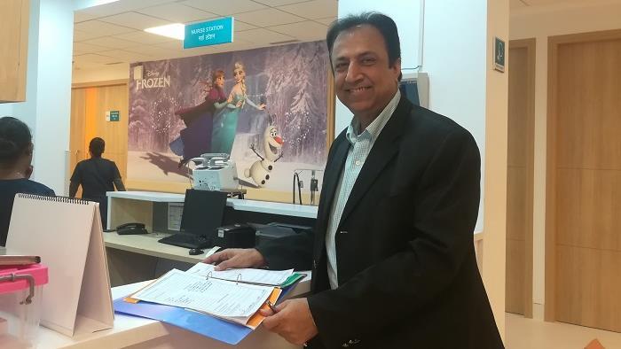Dr Praveen Khilnani