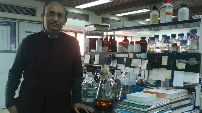 Dr Rajesh Gokhale